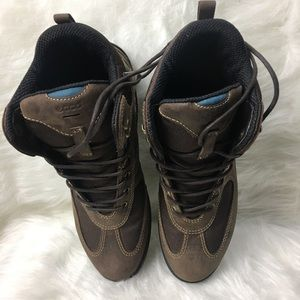 Ecco Leather Hiking Boots in the size 39